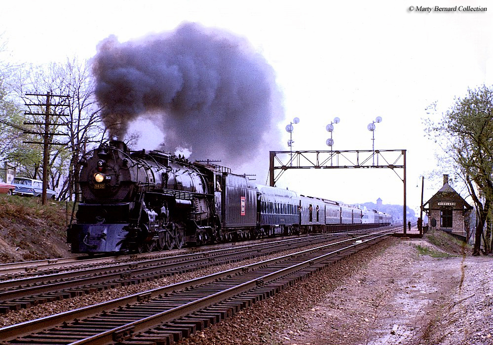 Early Chicago, Burlington and Quincy Railroad Train